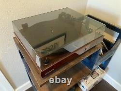 Fluance RT81 Elite High Fidelity Vinyl Turntable Record Player Walnut
