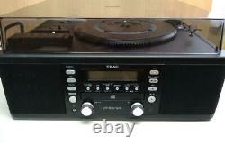 TEAC CD Recorder with Turntable and Cassette Player+Remote+Antenna